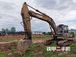 加藤HD700-7挖掘机实拍图片