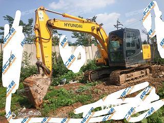 現代R110-7挖掘機實拍圖片