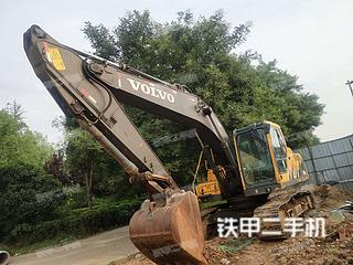 沃爾沃EC210B挖掘機實拍圖片