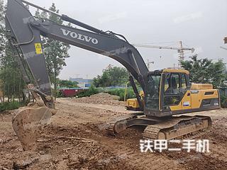 沃爾沃EC250D挖掘機實拍圖片