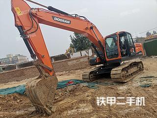 河南-郑州市二手斗山DX215-9C挖掘机实拍照片