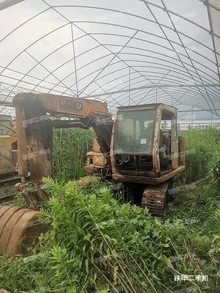 黄浦加藤HD307挖掘机实拍图片