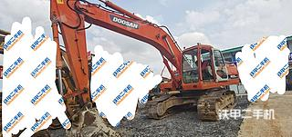 斗山DH225LC-7挖掘机实拍图片
