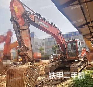 斗山DX220LC-9C挖掘机实拍图片