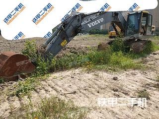 济宁沃尔沃EC220DL挖掘机实拍图片