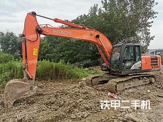 日立ZX200-5G挖掘机实拍图片