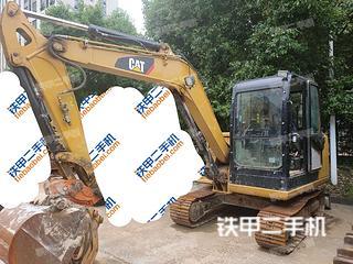 济宁卡特彼勒305.5E2小型液压挖掘机实拍图片