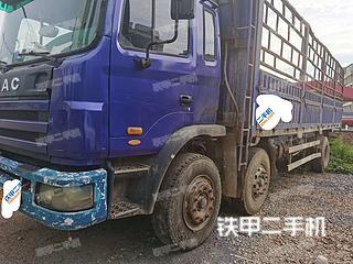 江淮重工8X4工程自卸车实拍图片