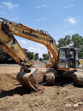 襄陽柳工CLG220挖掘機實拍圖片