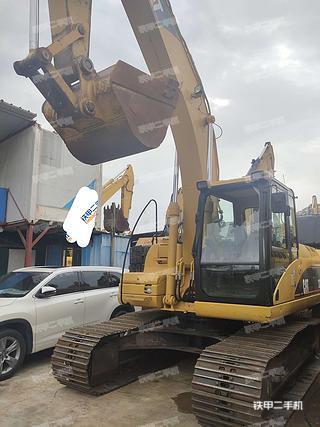 广东-深圳市场二手卡特彼勒320D液压挖掘机实拍照片