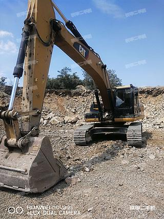 卡特彼勒330D2L液压挖掘机实拍图片