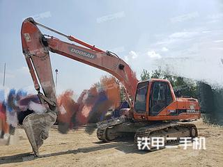 驻马店斗山DH225LC-7挖掘机实拍图片