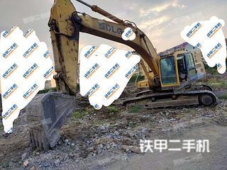 枣庄山东临工LG6300挖掘机实拍图片
