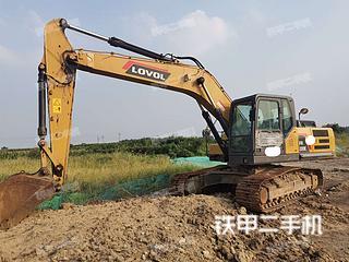 雷沃重工FR220E挖掘机实拍图片
