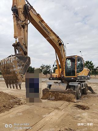 二手现代 R210W-9 挖掘机转让出售