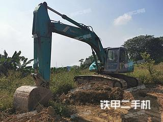 神钢SK200-5.5挖掘机实拍图片