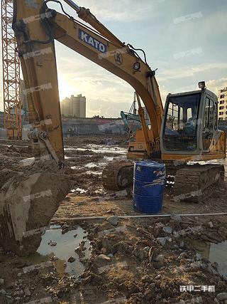 加藤HD512E挖掘机实拍图片