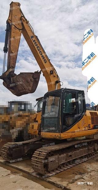 柳工CLG915E挖掘机实拍图片