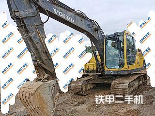 沃尔沃EC140BLC挖掘机实拍图片