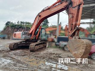 昆明日立EX330挖掘机实拍图片
