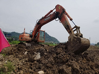 二手斗山挖掘机右前45实拍图225