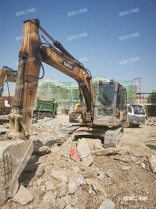 上海三一重工SY135C挖掘机实拍图片