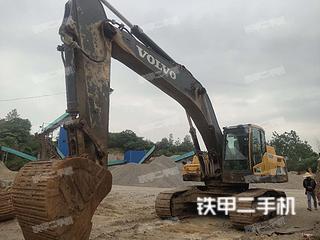 沃尔沃EC350D挖掘机实拍图片