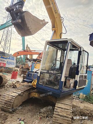 深圳小松PC60-6挖掘机实拍图片