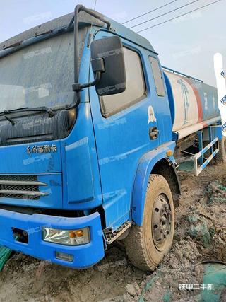 江淮重工交通設施清洗市政環衛機械實拍圖片