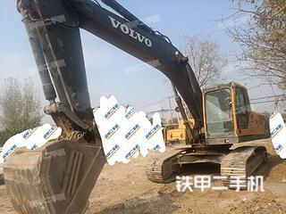 西安沃爾沃EC240B挖掘機實拍圖片