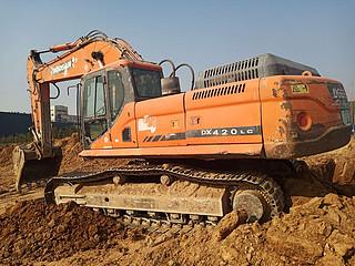 二手斗山挖掘机左后45实拍图227