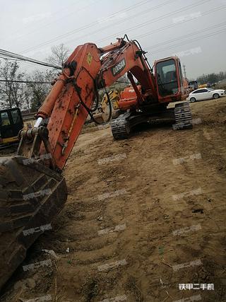 北京斗山DH300LC-7挖掘机实拍图片