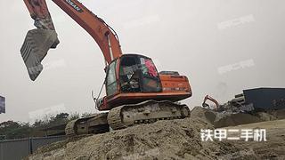 四川-成都市二手斗山DX260LC挖掘机实拍照片
