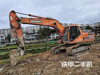 贵州-黔东南苗族侗族自治州二手斗山DH215-9挖掘机实拍照片