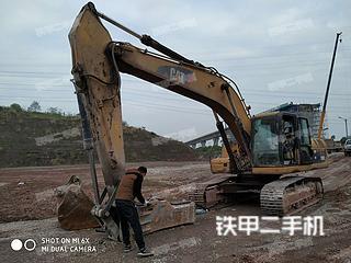卡特彼勒325C挖掘机实拍图片