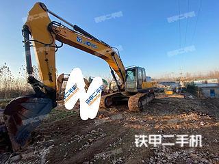 徐工XE370CA挖掘機實拍圖片