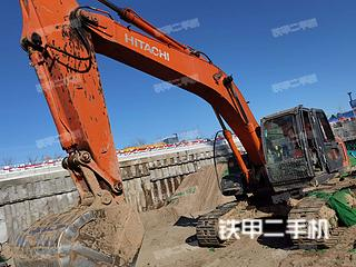 北京日立ZX240-3挖掘机实拍图片