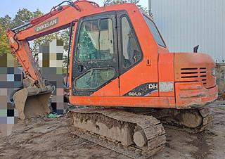 二手斗山挖掘机左后45实拍图164