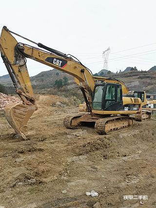 贵州-黔南布依族苗族自治州二手卡特彼勒324D挖掘机实拍照片