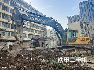 湖南-长沙市二手沃尔沃EC240BLC挖掘机实拍照片
