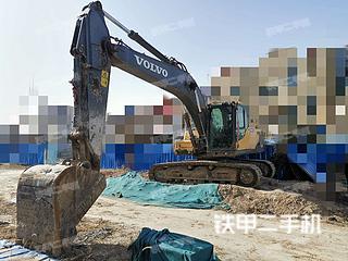 河南-郑州市二手沃尔沃EC220D挖掘机实拍照片