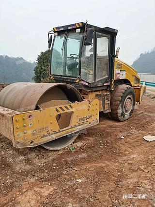 贵州-黔南布依族苗族自治州二手厦工XG6224M压路机实拍照片