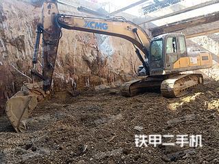 徐工XE215D挖掘機實拍圖片