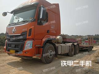 东风8X4平板运输车实拍图片