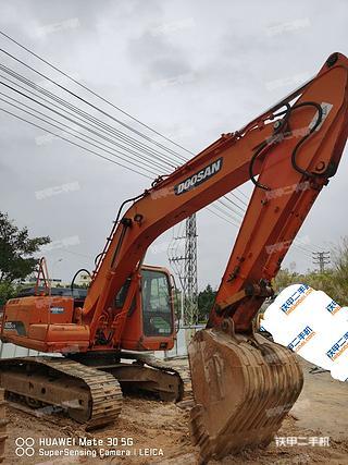 广西-南宁市二手斗山DH215-9挖掘机实拍照片