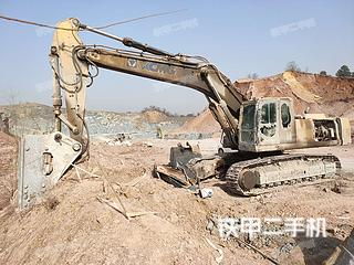 武汉徐工XE470C挖掘机实拍图片