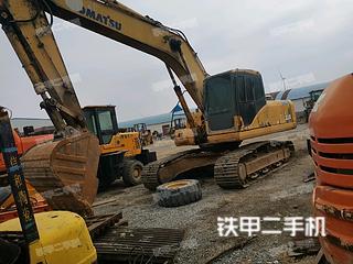 小松PC220-7挖掘机实拍图片
