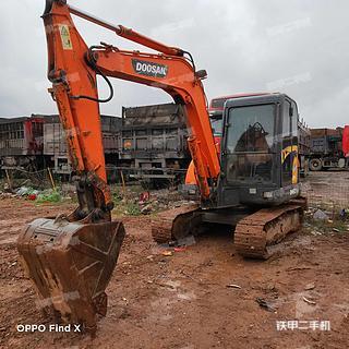 浙江-金华市二手斗山DH60-7挖掘机实拍照片