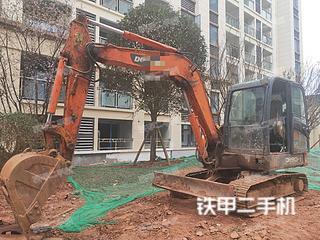四川-眉山市二手斗山DH60-7挖掘机实拍照片