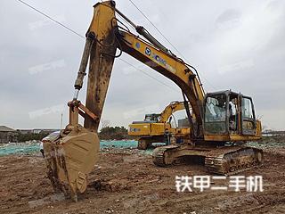 徐工XE210挖掘機實拍圖片